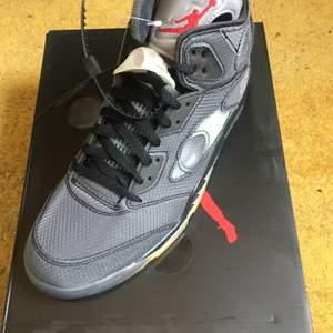 Jordan 5 x Off white black. Size US 9,5 / EU 43. Brand new. All original + receipt. No trades. Buyer adds shipping costs.