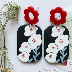 blommor Örhängen i nyskick, oanvända, S925 ❤️ 75kr inklusive frakt