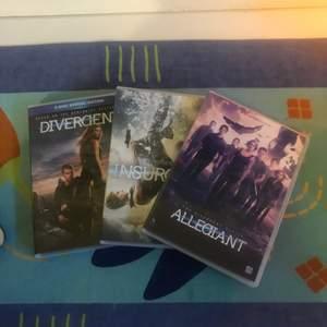 Säljer alla Divergent-filmerna. 30 kr för en och 80 kr för alla tre:)