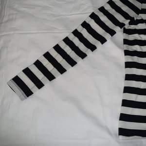 Fin VERO MODA tröja använd cr 5 gånger/ pris kan diskuteras