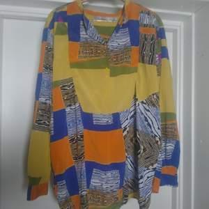 Tunn skjorta i toppskick från Tiger of Sweden🌻