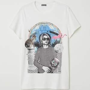 new never worn graphic print mens tee with kurt kobain
