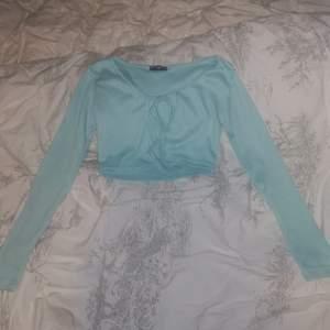 Turkos / ljusblå knyt tröja från shein 🥰