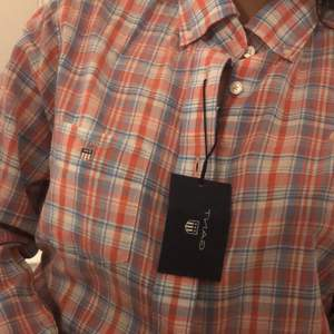 Helt oanvänd gant skjorta ordinarie pris 999kr