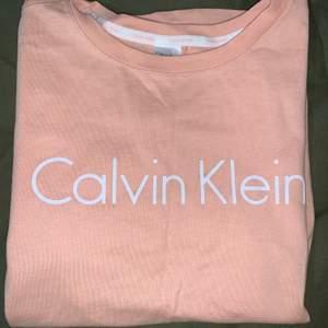 CK-t-shirt, aldrig använd!
