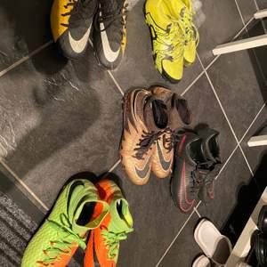 Alla använda 1 säsong (byter varje). De alla är i strl 40 vilket motsvarar ca 38 då man har fotbollsstrumpor samt att Nike är lite mindre i strl. Säljer de för 450 styck men de gula för 300. De andra kostar ca 2600 nya