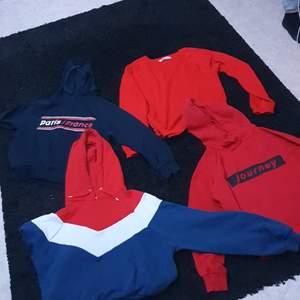 Hoodies/college tröja, paketpris ca 100kr eller kom med bud, styckpris 30kr eller kom med bud, storlekar xs/m