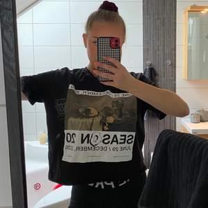 T-Shirt som jag klippt av o den blev väldigt bra!💖 men kommer aldrig till användning