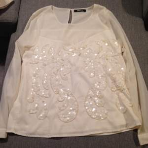Gina Tricot blouse, tried 2 times