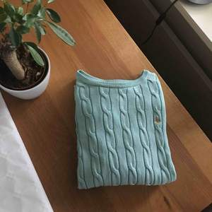 Ljusblå tröja från Morris. Nypris 1199kr säljes för 200 +  39kr frakt! ⭐️