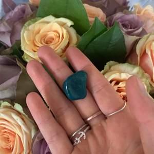 En fin kristall köpt på plick råka få två💖
