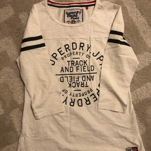 Completely new, never used t-shirt from Super dry