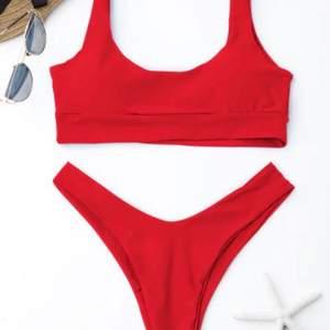 Säljer denna bikini från ZAFUL då den inte kommer till användning, har lapparna kvar! Priset inkluderar frakt🤍