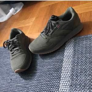 Fake Reebok skor, aldrig använda och köpta utomlands så de har bara legat i garderoben sen dess.