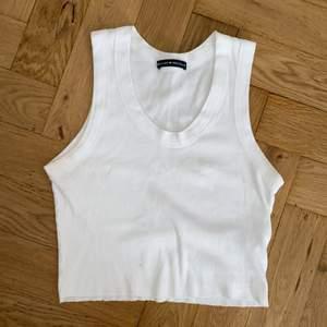 Croptopp linne från brandy melville storlek S? Sällan använt