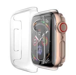 Säljer (oanvänt) skydd till Apple Watch 38 mm som motverkar sprickor, repor, smuts & skador! Lätt att komma åt alla knappar & touchen funkar precis som vanligt! :)                        Säljer för 50 kr (bjuder på frakten)