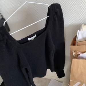 så fin & så gosig oanvänd stickad tröja 🤍🤎🤍🤎