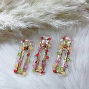 ✨ Handgjord hårspänne ✨