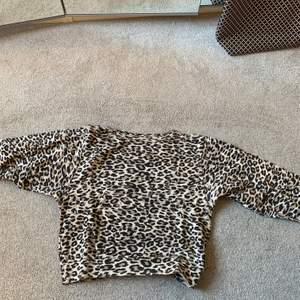 Leopard tröja från lindex