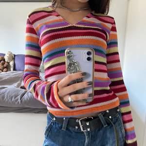 Världens finaste tröja från only men köpt secondhand💕