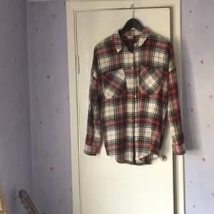 Flanell skjorta i 100% bomull