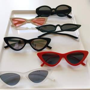 Cateye sunglasses 50 kr per pice