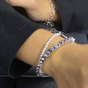 Nytt armband från Edblad. Nypris 450 kr. Säljer för 300 kr