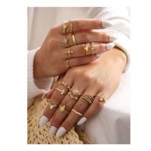 Nu säljer jag mina jätte snygga ringar därför att jag aldrig använder de, 5 ringar för 50 kr+frakt och du kan köpa alla för 100+frakt💞buda i kommentarerna och lägg bara ett bud ifall du är 100% säker på att du vill köpa! Om du bara vill köpa en ring kan priset diskutera privat