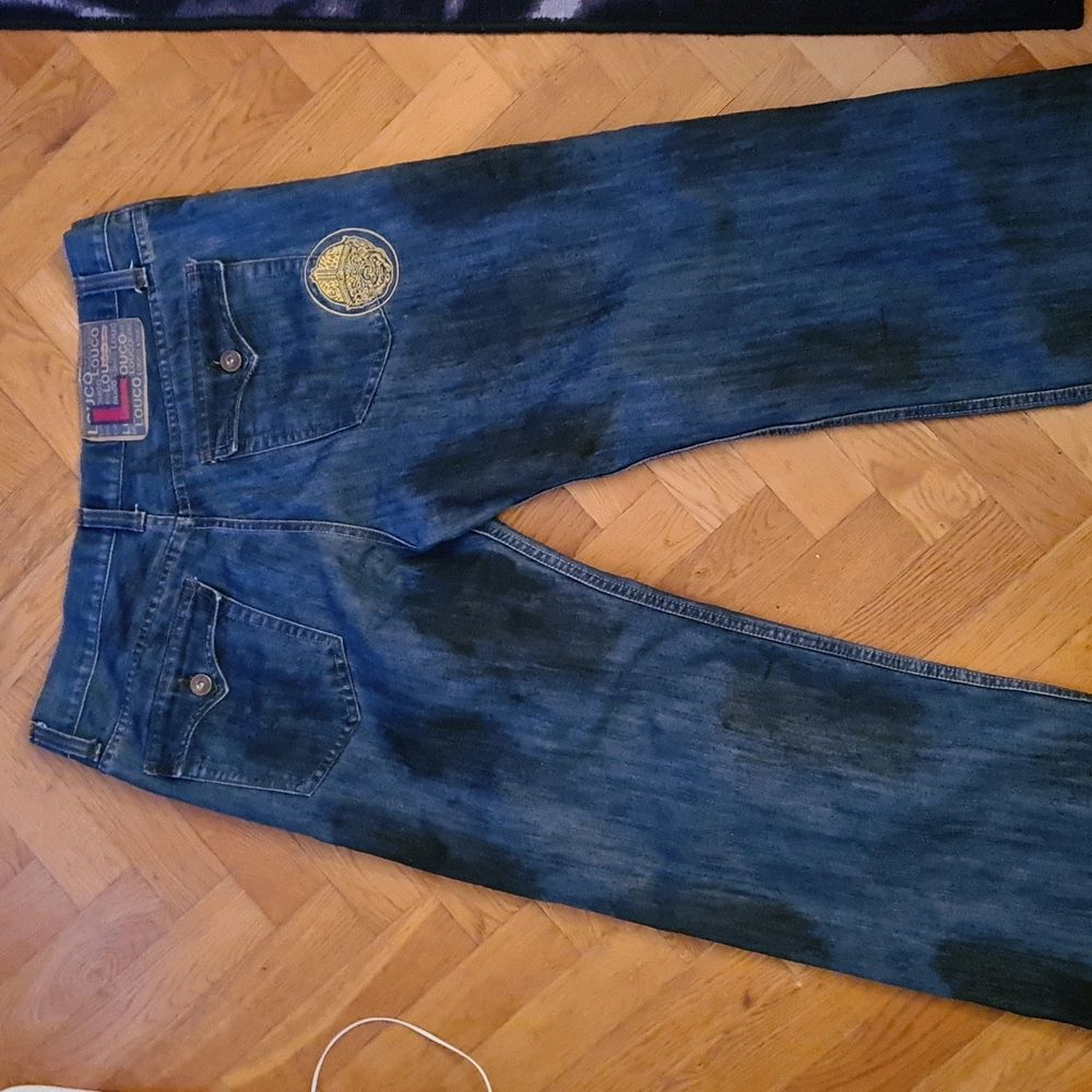 Nya jeans aldrig varit  använda köpt fel storlek storlek 40 . Jeans & Byxor.