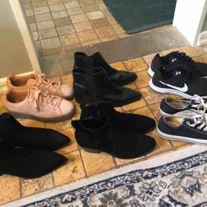 Diverse skor- mocca stövletter platåskor och converse. Alla 300kr Nike 200kr.