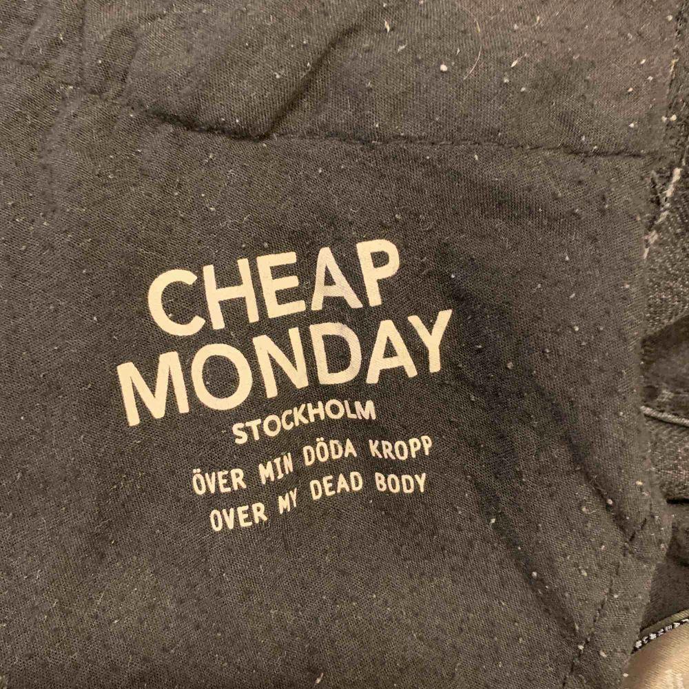 Cheap monday jeans. Jeans & Byxor.