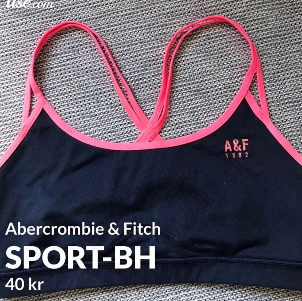 Super snygg sport-BH  från Abercrombie & Fitch (äkta), i fint skick! Står ingen storlek men skulle säga att det är en XS/Small. pris 40 kr + frakt 22 kr! Betalning sker via Swish! . Övrigt.