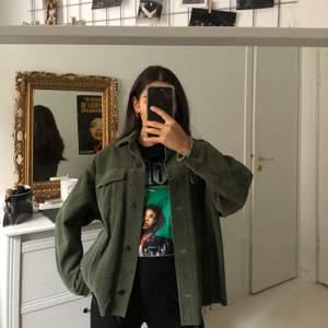 Grön höstjacka från Zara.