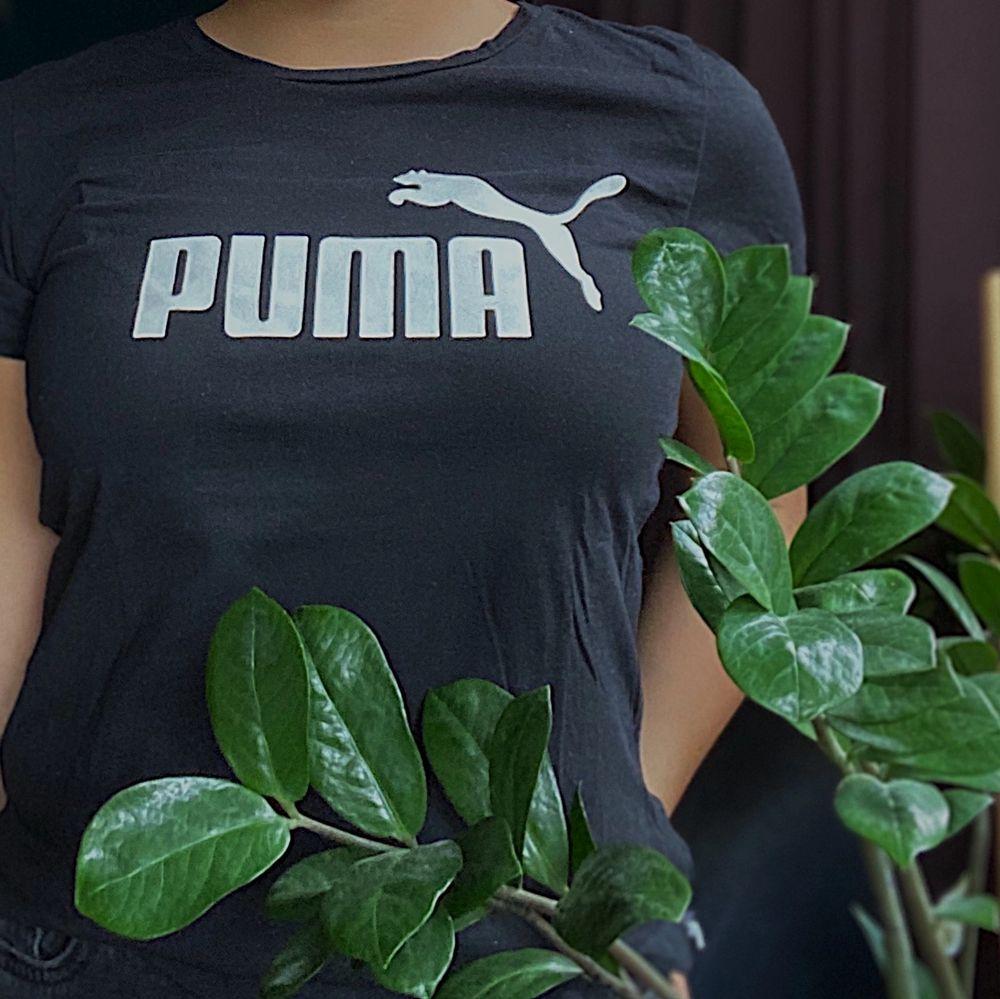 Svart, Buda gärna, högsta bud vinner!. T-shirts.