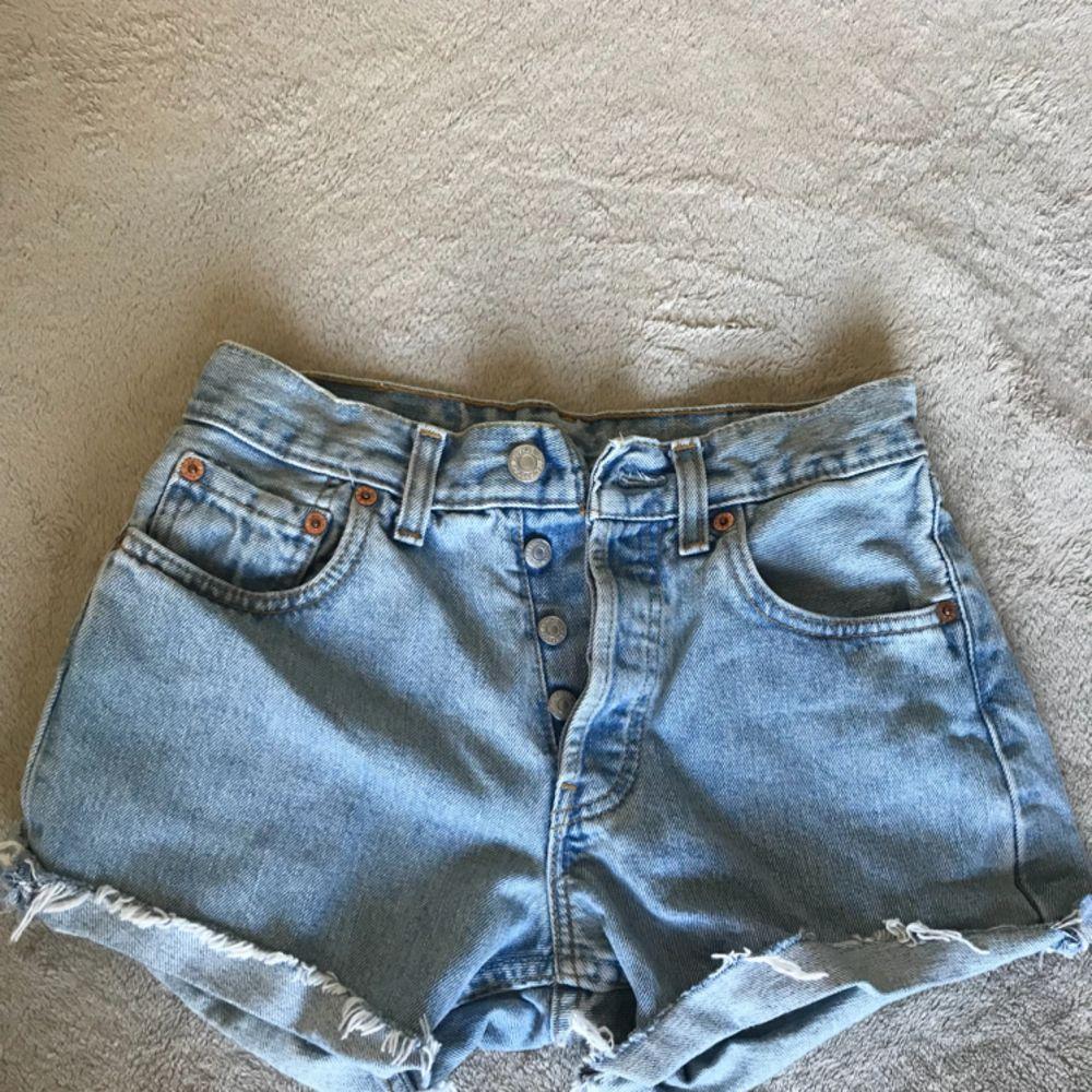Levis shorts som nya. Shorts.