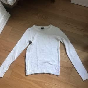 Fint stickad tröja, tun från VILA
