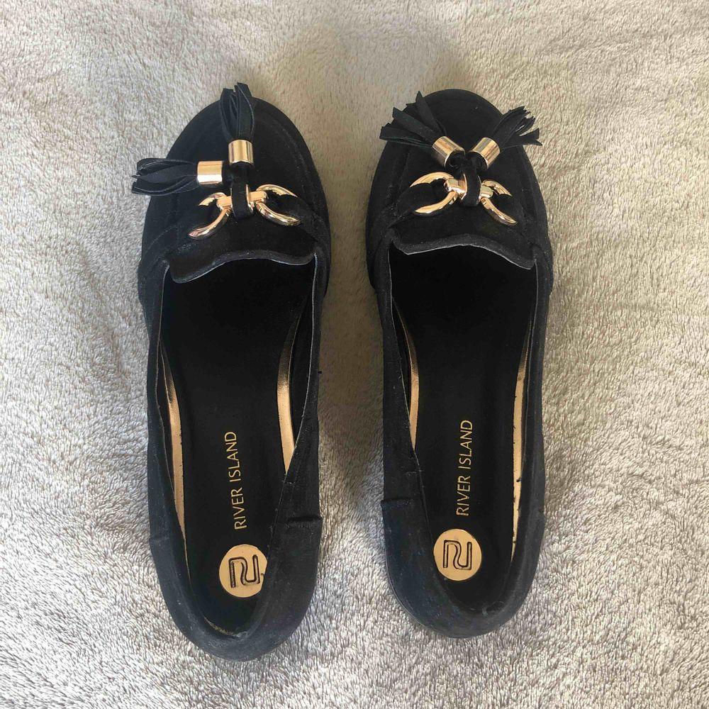 Super snygga skor, använda endast få tal gånger . Skor.