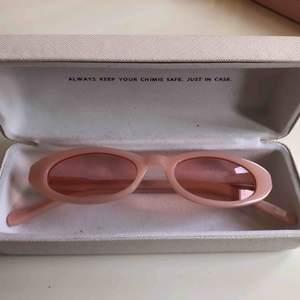 Limited edition solglasögon från Chimi Eyewear. Finns ej att köpa längre. Designande av Joel Ighe. Nypris 1200:-  Finns att hämta i Stockholm eller skickas mot frakt