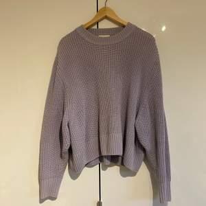 Superfin tröja från Monki i storlek L