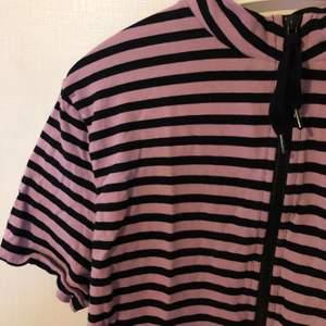 Aldrig använd trendig T-shirt från Tiger of Sweden💕