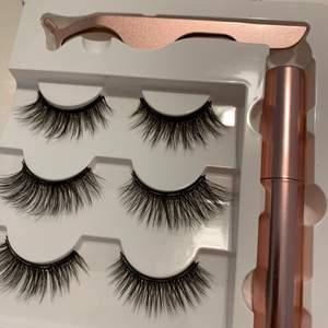 En förpackning ingår 3 par 3D magnetiska ögonfransar, magnetisk eyeliner och tång för lättapplicerad fransarna. Det ingår Frakt 🚚