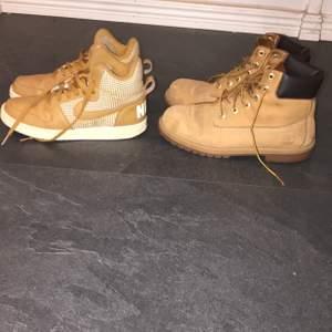 Jag säljer ett par Nikeskor i storlek 38 i bra skick och ett par timberland i storlek 39 men är små i storleken och är i bra skick jag säljer både skor för 550kr tillsammans snabbaffär