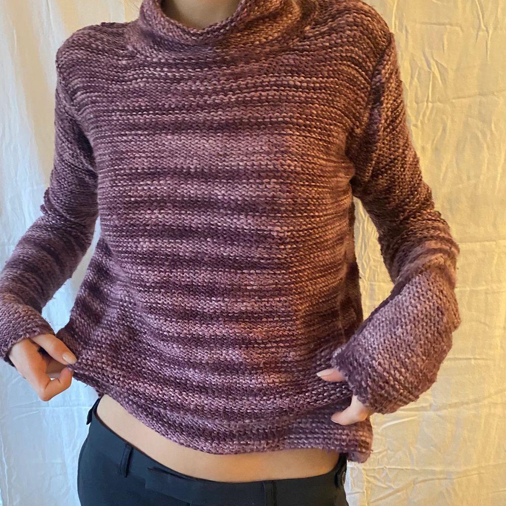 Superfin randig tröja med långa ärmar som tyvärr inte kommer till användning,  . Tröjor & Koftor.