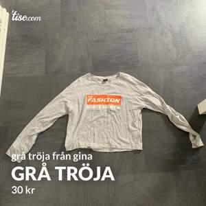 grå tröja från gina i strl S. knappt använd.