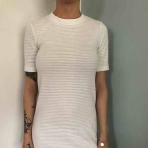 Vit klänning från h&m 50kr 34