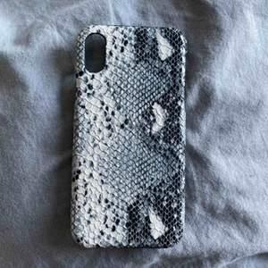 Skal från hm i nyskick, passar iPhone X. Nypris 200