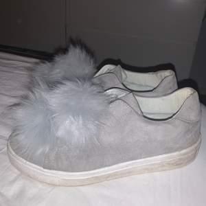 Superfina ljusgrå skor från Bianco