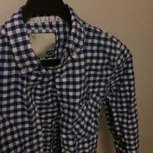 Blåvit rutig skjorta från lager 157