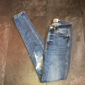 Skitsnygga jeans som jag tyvärr inte kan ha längre pga viktuppgång.