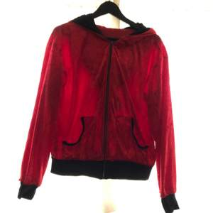 Röd Playboy plysch tröja